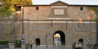 Bergamo stringe un patto con i suoi cittadini: l'importanza di adottare un bene comune