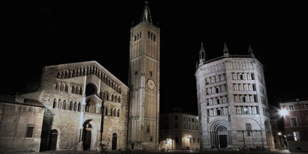 Piazza_Duomo_Parma_2009-08