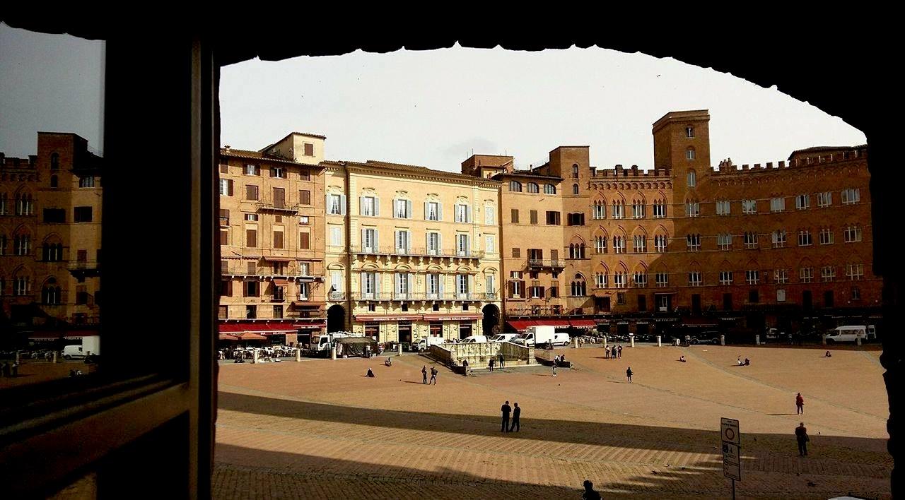 SIBEC a Siena: pensieri, storie, immagini dal laboratorio di formazione itinerante