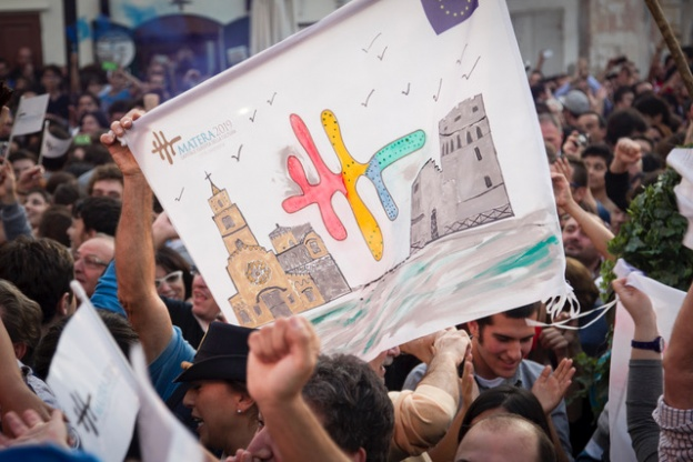 Matera (MT) 17.10.2014 - Proclamazione Capitale Europea della Cultura 2019 alla citt‡ di Matera. I festeggiamenti in piazza durante la proclamazione. Foto Giovanni Marino